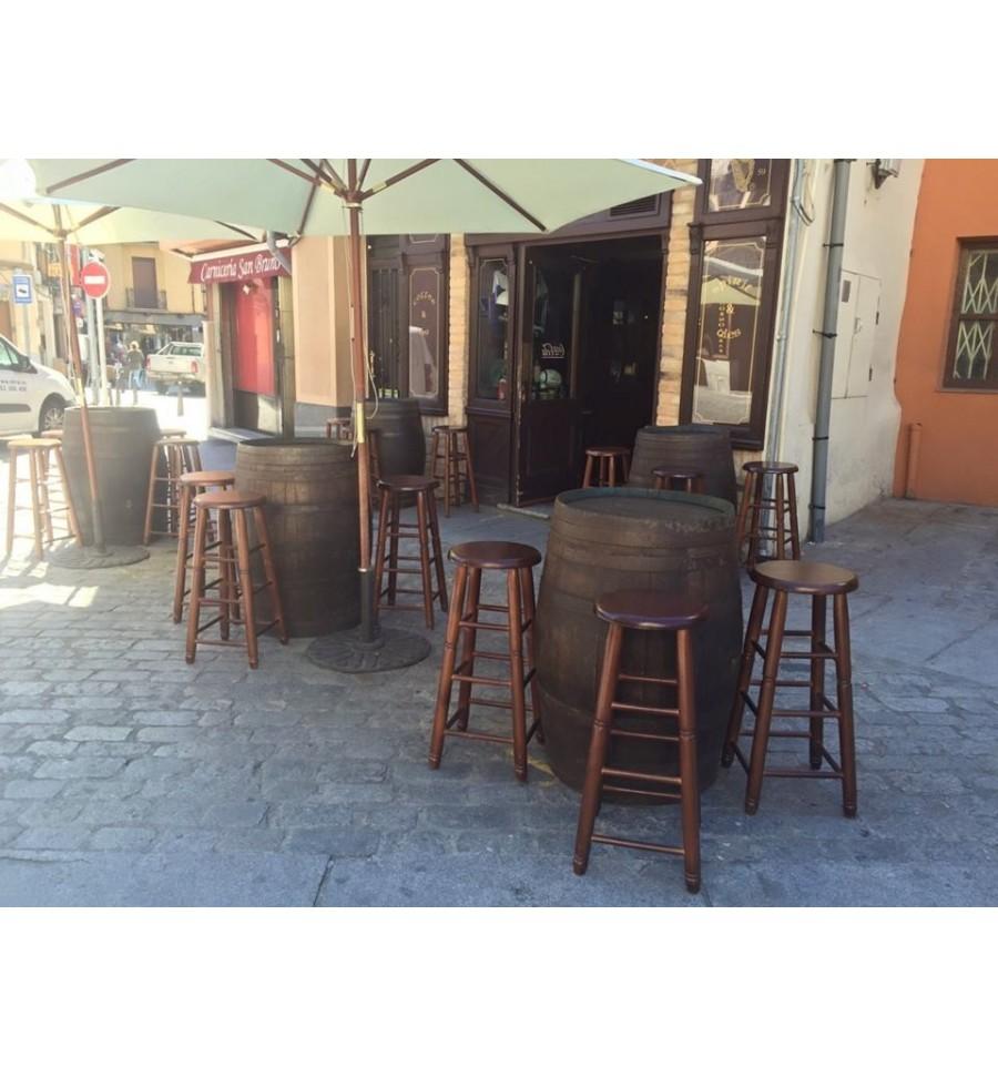 Barricas hosteleria en madera sillas y mesas de madera for Mesas madera hosteleria