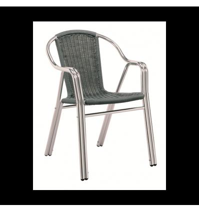 Sillas y mesas de madera tipos de silla para la terraza for Sillas para terraza bar